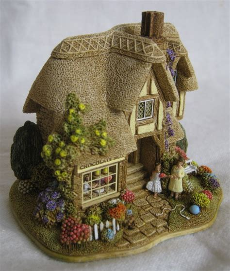Choc Box Cottage by Catalogue Lilliput Collectables Shop