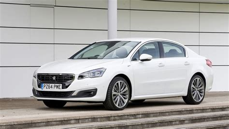 peugeot saloon cars peugeot 508 gt saloon 2017 review car magazine