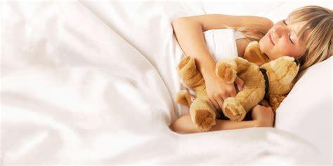 ohne unterhose schlafen besser und gesund schlafen ohne milben vorwerk kobold