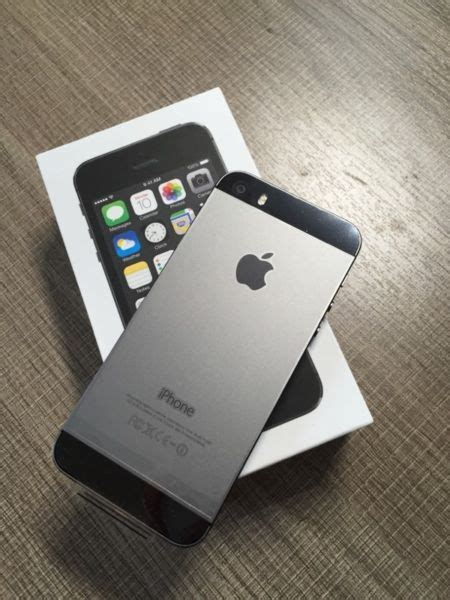 Iphone 5s 64gb Grey By 2empat sold new space grey iphone 5s 64gb unlocked and month