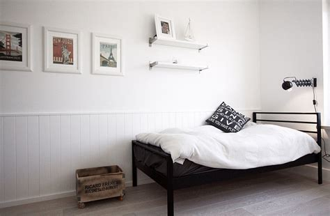 simple and stylish minimalist apartment scandinavian home decor mixed with a minimalist use of