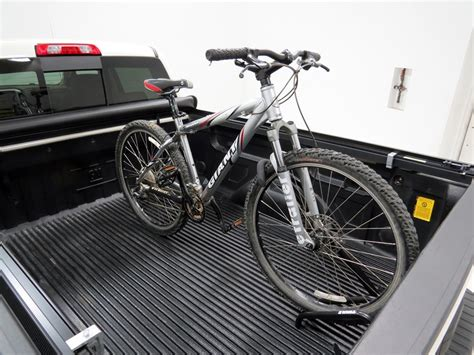 truck bed bike rack 2014 gmc sierra 1500 truck bed bike racks thule