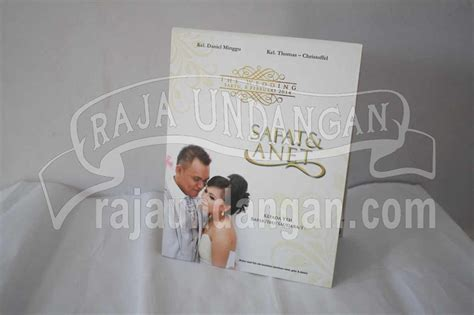 Blangko Kartu Undangan Fl 68 undangan pernikahan hardcover pop up 3d safat dan anet