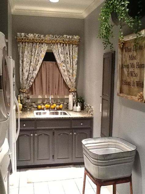 laundry room decor home ideas