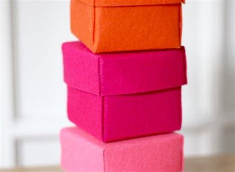 How To Make A Box With Chart Paper - craft of the day create these stiffened felt boxes huffpost