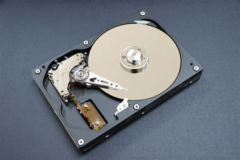 Recovery Hardisk drive data recovery experts in dubai lifeguard