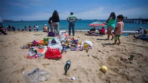 imagenes urgen vacaciones urgen reforzar ca 241 as para evitar basura en playas