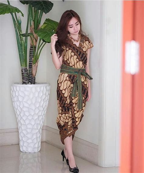 Mini Dress Kebaya Baru 1333 best all about batik images on batik dress batik fashion and kebaya