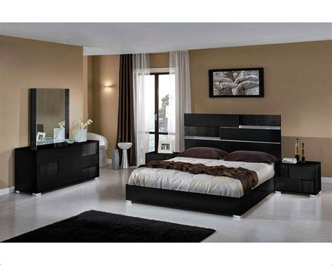 Black Bed Room Sets Contemporary Italian Black Bedroom Set 44b111set