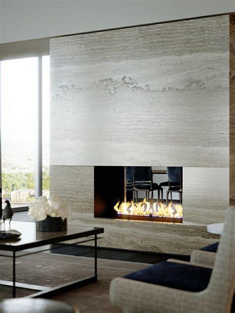 Two Sided Sofa salones con chimenea cincuenta dise 241 os acogedores