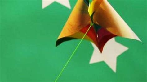 How To Make A Kite With Paper And Straws - how to make a simple paper kite diy w