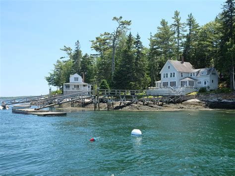 maine vacation cottages griffin cottage on the water in maine vacation rental