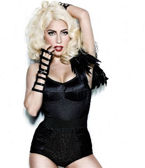imagenes hot lady gaga lady gaga changes her image to look like christina