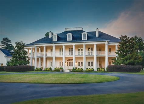 southern plantation style homes 5 quintessential rock homes rock soiree