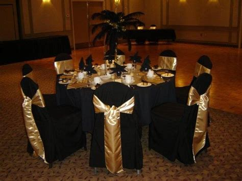 Elegant Black And Gold New Year S Eve Wedding Centerpieces Black And Gold Wedding Centerpieces