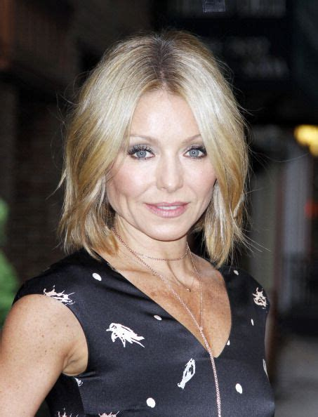 what is kelly ripa new haircut called 25 best ideas about kelly ripa hair on pinterest kelly