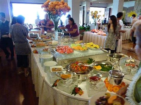 buffet table at orchids picture of orchids honolulu