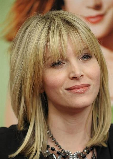haicuts for middle age women fine blonde hair 10 trendy medium layered hairstyles that you can flaunt