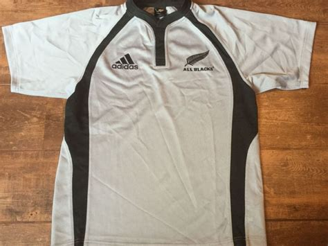 classic rugby shirts 2001 new zealand all blacks vintage