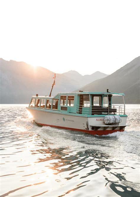 lake minnewanka boat cruise lake minnewanka cruise banff national park sightseeing by