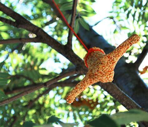 bungee bird feeder gifts zavvi com