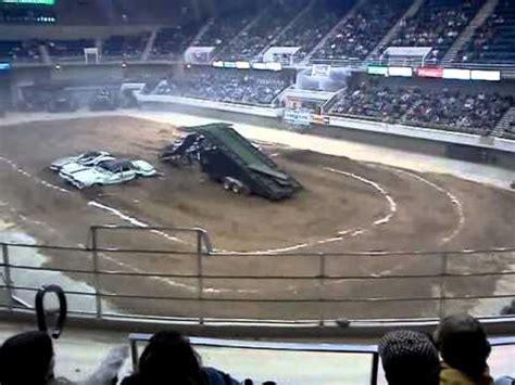 monster truck show huntsville al monster truck show at the von braun civic center youtube