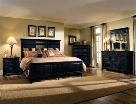 Steps To Decorating A Bedroom by How To Decorate A Bedroom With Black Furniture 5 Steps
