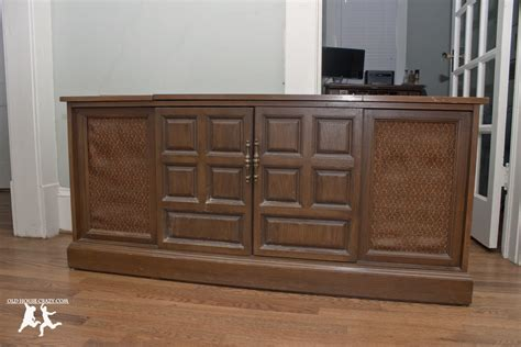 rebuild and modernize an stereo console diy