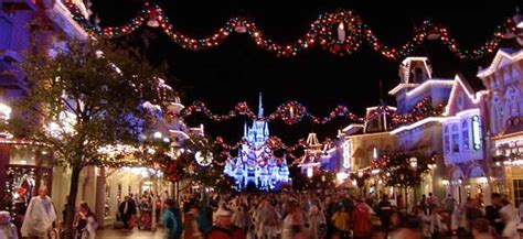 7 day land and sea package disney 5 reasons to be excited for the holiday season at disney world