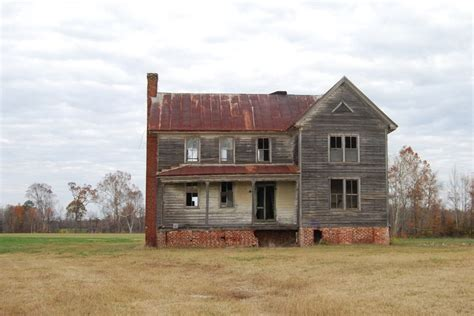 old abandoned buildings 30 best images about old homes on pinterest home old