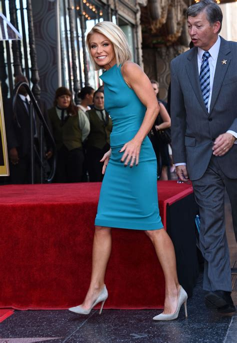 kelly rippa 2015 kelly ripa receives her star on the hollywood walk of fame