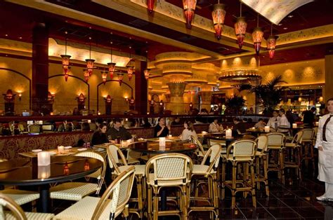 Cheesecake Factory The Cheesecake Factory Restaurant Chicago As Minhas