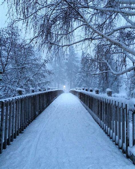 parks bend oregon mirror pond bridge in park in bend oregon ridmiller central
