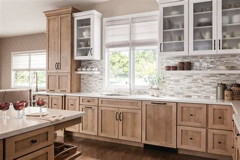 schuler kitchen cabinets schuler cabinetry dalton quartersawn oak cappuccino and