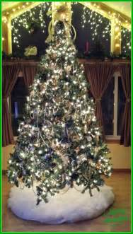 my silver and gold christmas tree theme