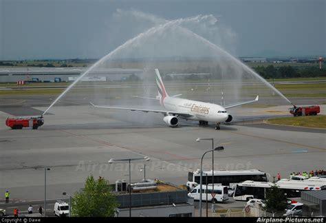 emirates upgrade bid a6 eal emirates airlines airbus a330 200 at prague