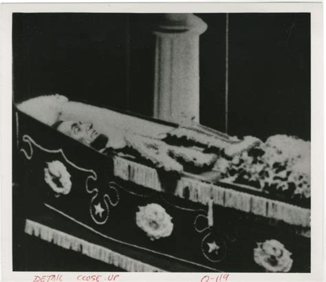 abraham lincoln in coffin abraham lincoln image of abraham lincoln