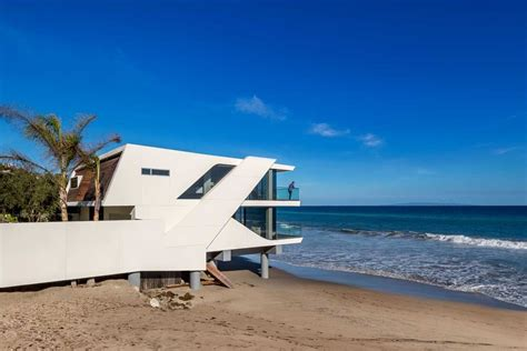 Wall Art For Dining Room Contemporary the wave house by architect mark dziewulski in malibu