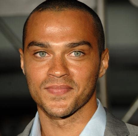 actor with bright blue eyes badboys deluxe actor jesse williams