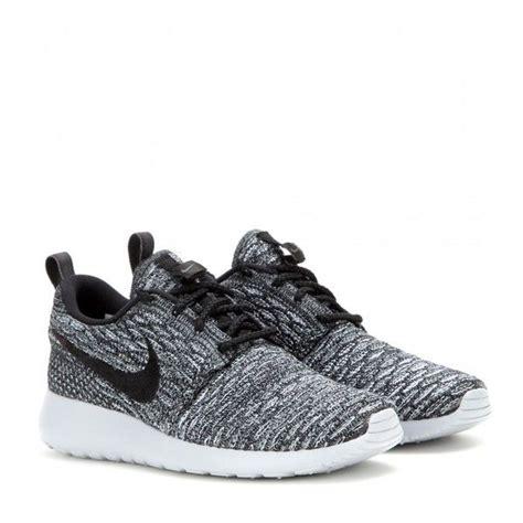Nike Rosherun By Cheap Footwear best 25 nike trainers ideas on nike shoes
