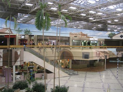 southwest center mall 32 labelscar