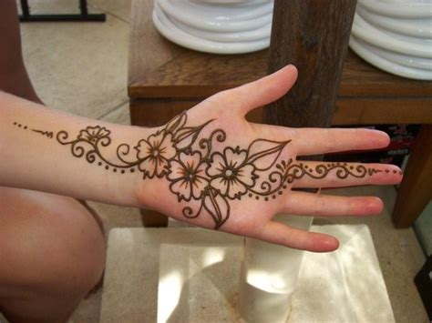 henna tattoo inner hand sayumi henna designs for