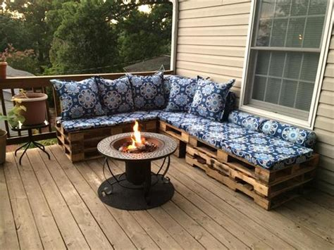 turn couch into outdoor furniture turn old pallets into patio furniture easy diy and crafts