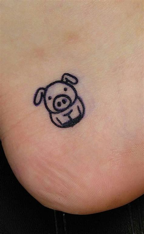 small cartoon tattoos my new pig pig piggy tatt
