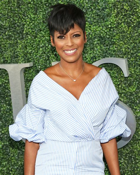 the today show tamara hall hair cut why does tamron hall have short hair she explains