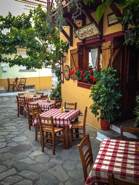 italian bistro kitchen decorating ideas a italian restaurant in skiathos of the islands italian restaurant decor