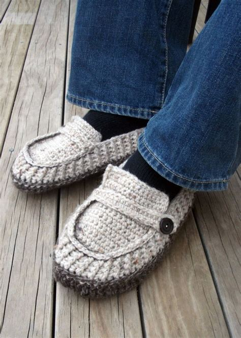free crochet house slipper patterns free crochet patterns for men s slippers crochet and knit