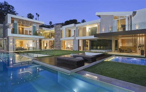 modern mansion 22 9 million newly built modern mansion in los angeles