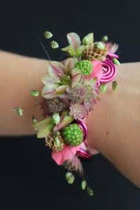 corsage wristlets best 25 wedding corsages ideas on wrist corsage wedding white corsage and corsage