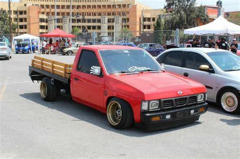 slammed nissan truck nissan d21 minitruck flatbed modified slammed